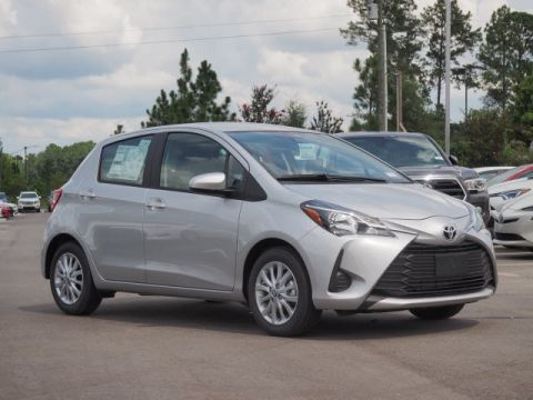 New 2018 Toyota Yaris LE FWD 5D Hatchback